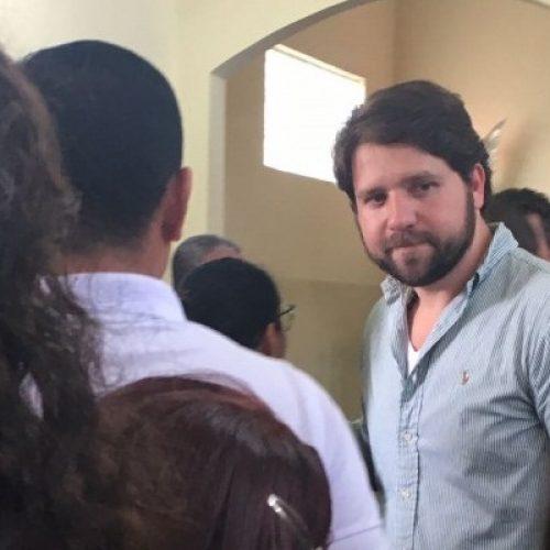 Preso em Curitiba, Luiz Argolo chega a Bahia para acompanhar enterro da avó em Entre Rios