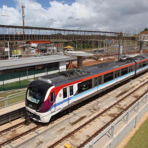 Metrô chega à Estação Mussurunga em viagem teste nesta quarta-feira