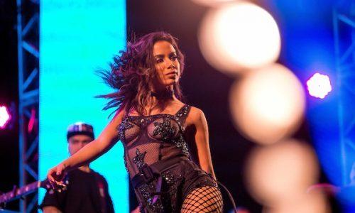 Anitta supera Marquezine e vira a brasileira mais seguida no Instagram
