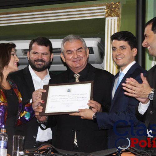 Angelo Coronel recebe Titulo de Cidadão de Salvador; assista