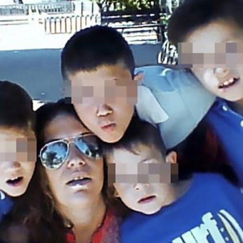 Filhos moram com pais mortos achando que eles estavam apenas dormindo