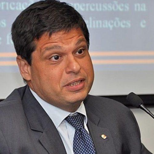 Marcello Miller quer tirar Gilmar Mendes de relatoria de habeas corpus