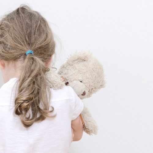 Menina de 10 anos grava estupro para que adultos acreditassem nela