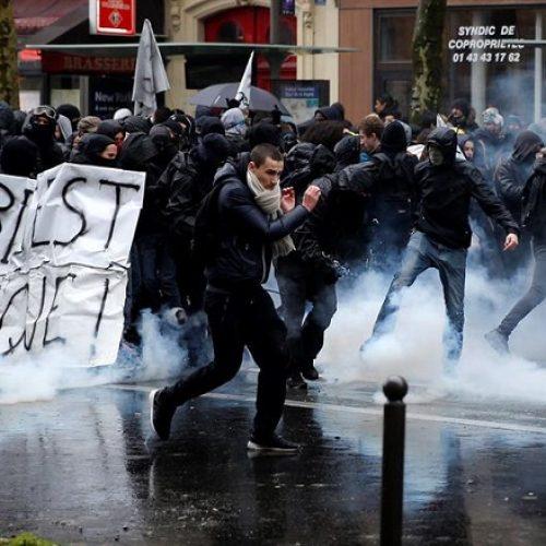Mesmo com protestos, governo francês reafirma reforma trabalhista