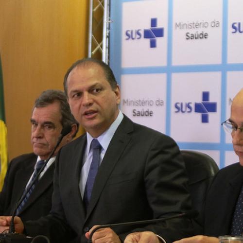 Ministro da Saúde é acusado de vender cargo público em troca de uma mesada de R$ 15 mil
