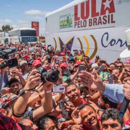 No Nordeste, Lula diz que 'governo golpista vai ser derrubado no voto'