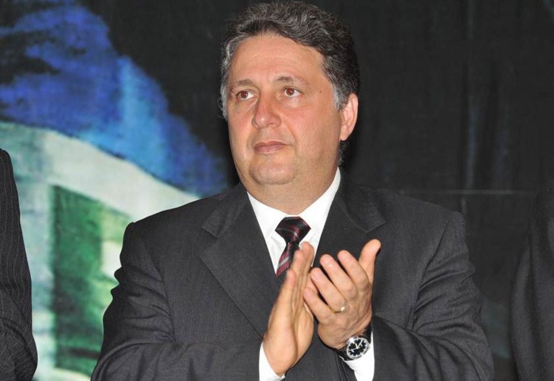 Polícia Federal prende o ex-governador do Rio Anthony Garotinho