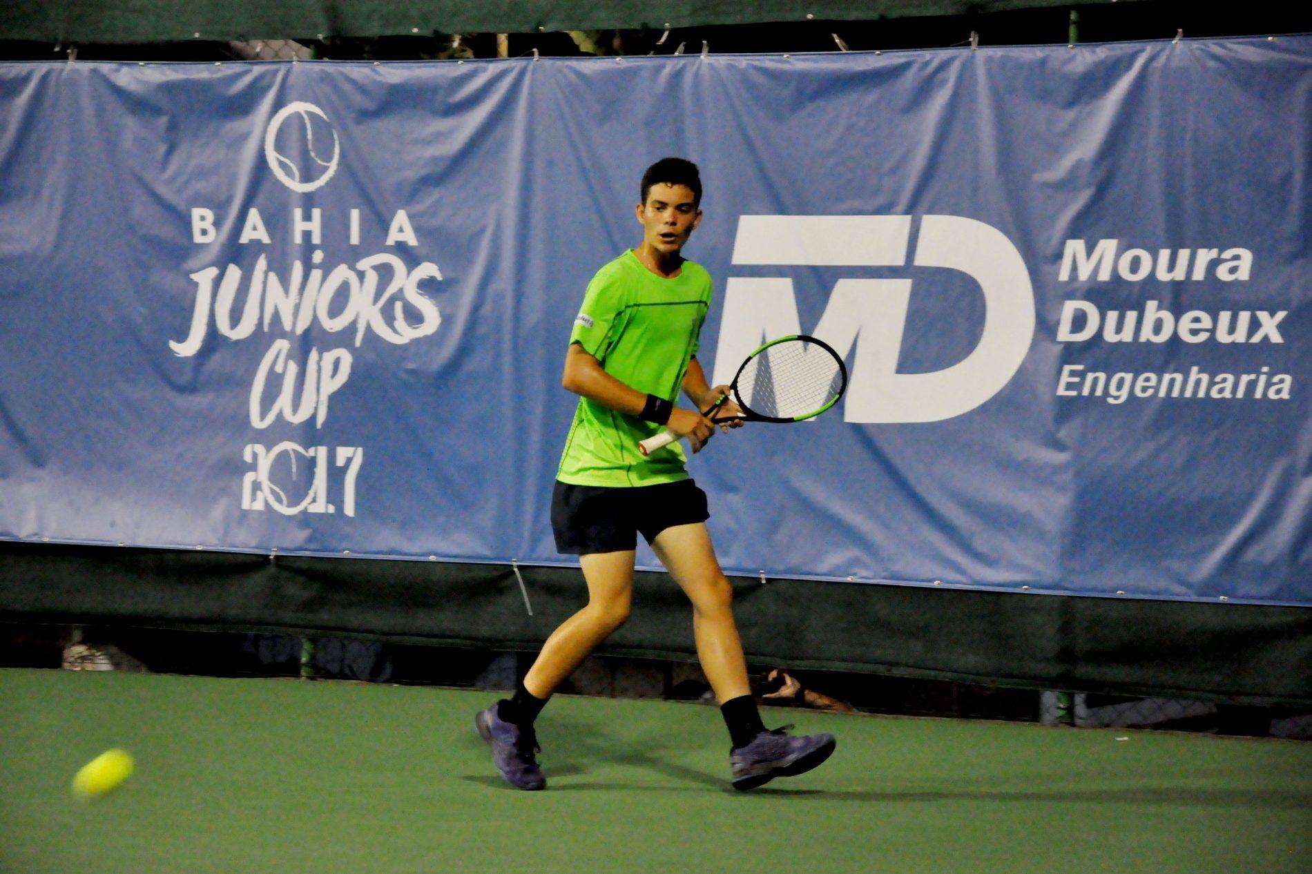 Tenistas de 22 países disputam 33º Bahia Juniors Cup, em Salvador