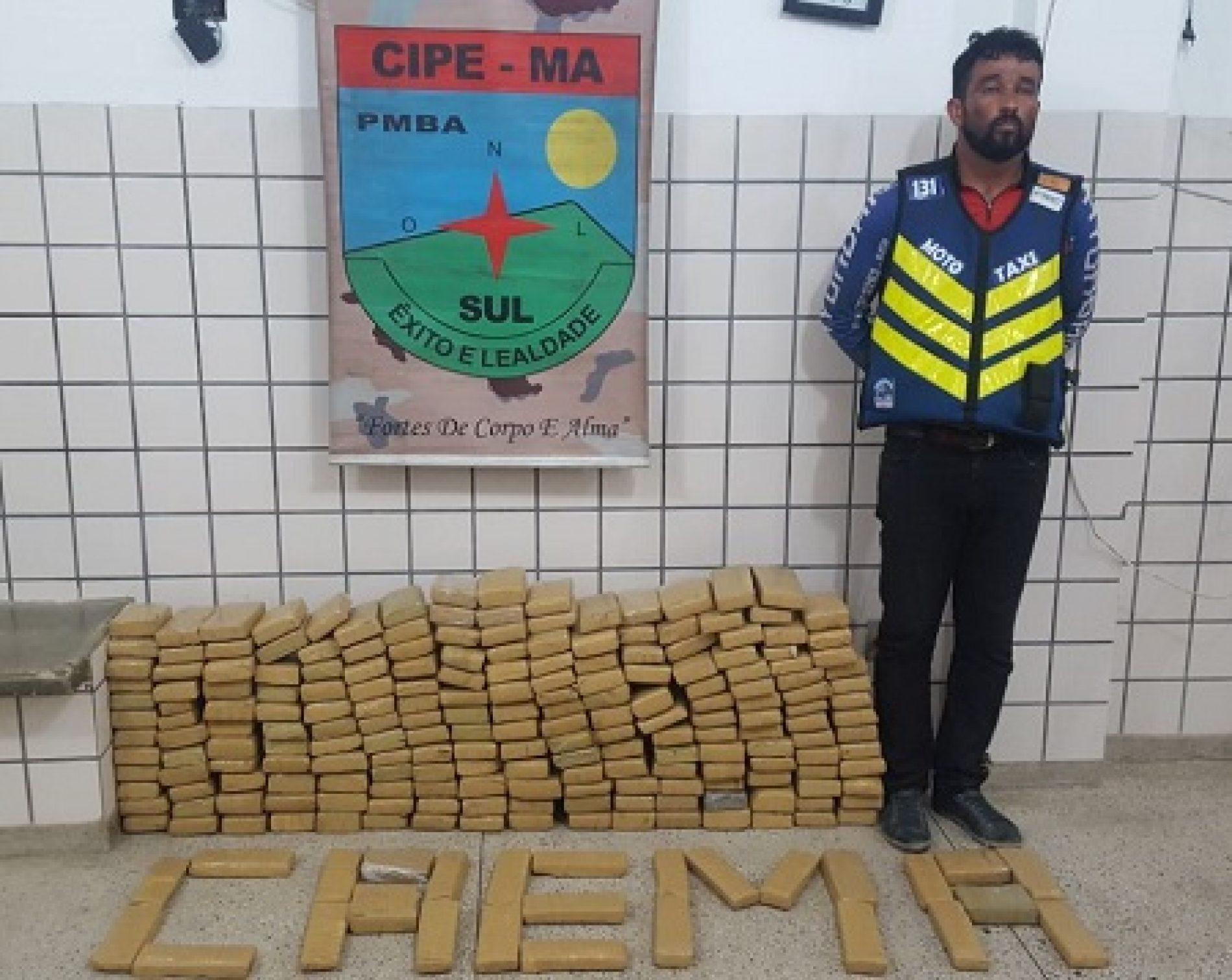 Mototaxista é preso com 200 tabletes de maconha em Teixeira de Freitas
