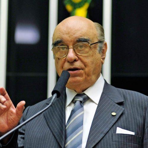 PSDB pede retirada de Bonifácio de Andrada das vagas do partido na CCJ