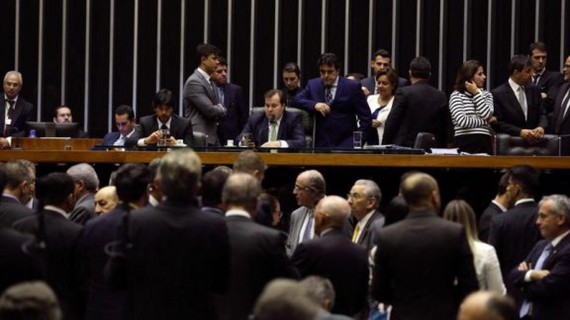 Câmara conclui análise do novo Refis e matéria vai ao Senado