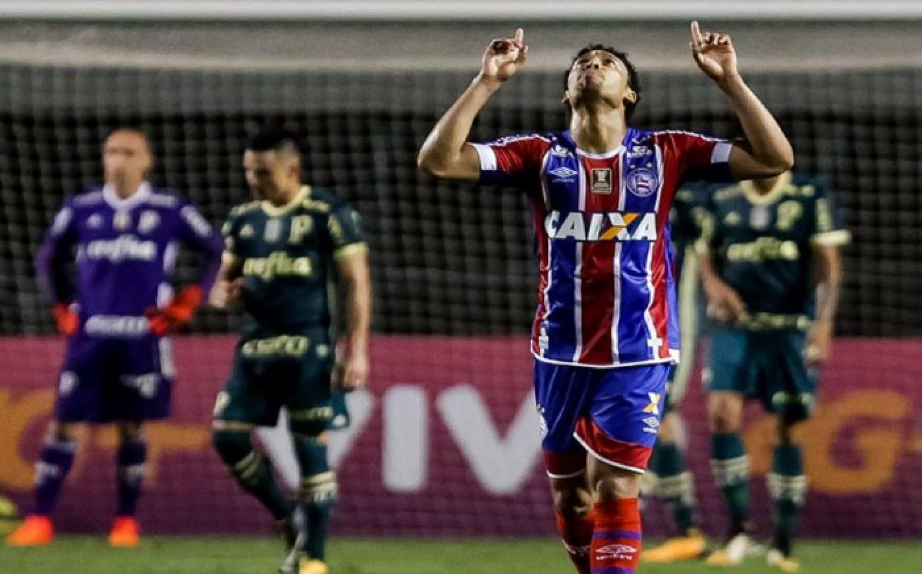 Com dois gols de Edigar Junio, Bahia busca empate contra o Palmeiras