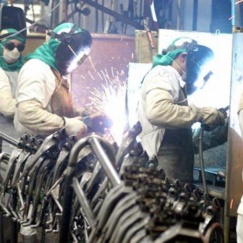 Confiança do empresário industrial atinge maior nível em mais de quatro anos