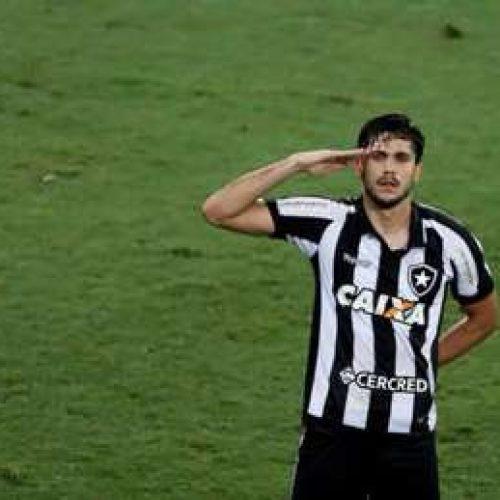 Corinthians perde para Botafogo e diminui vantagem na liderança