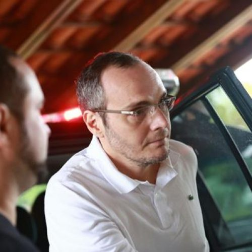 Em depoimento, Lúcio Funaro diz que vai mudar de vida. Veja vídeo