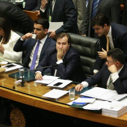 Mulheres pedem que Câmara vote PEC que cria cotas no Legislativo