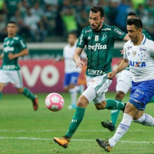 Palmeiras empata em casa e só consegue tirar um ponto da vantagem corintiana