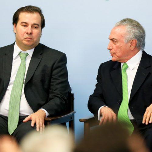 Temer pede ajuda a Imbassahy para negociar trégua com Rodrigo Maia