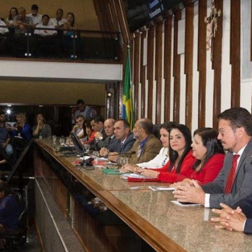 População lota plenário da Alba para debater limites entre Lauro de Freitas e Salvador; ASSISTA