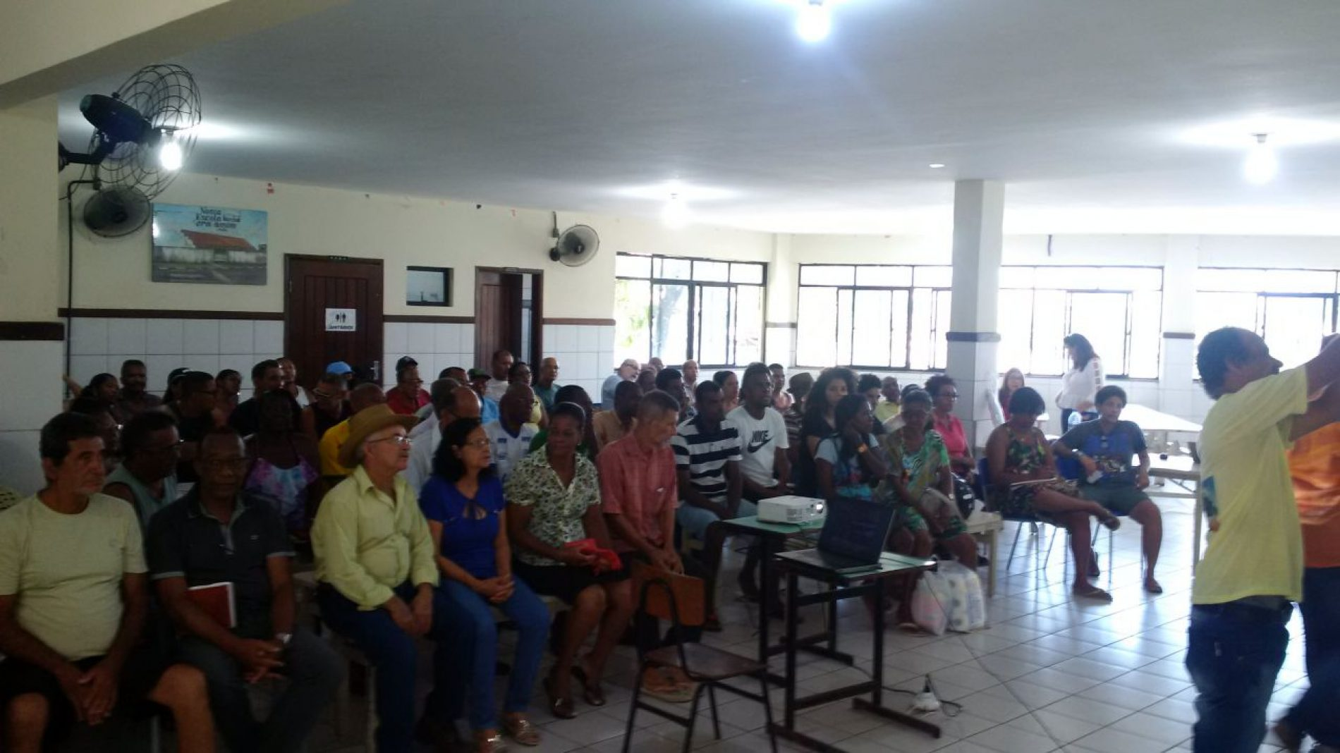Lideranças se reúnem no Subúrbio para discutir projeto da Bacia do Manoel Dendê