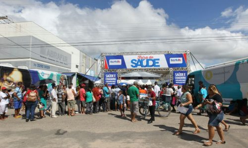 Feira de Saúde e Cidadania atende seis mil pessoas em Teixeira de Freitas