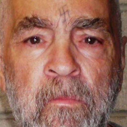 Morre, aos 83 anos, o assassino em série Charles Manson