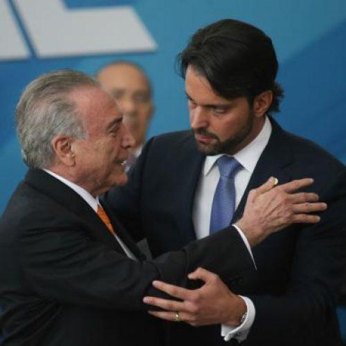 Temer dá posse a Baldy e destaca parceria entre governo e Congresso