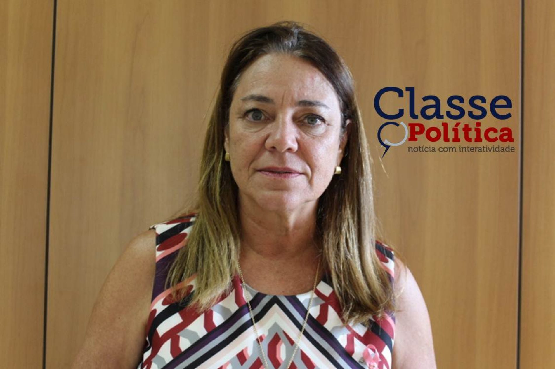 Deputada Fabíola Mansur defende continuidade de bolsa remunerada para quem deseja ser professor; assista