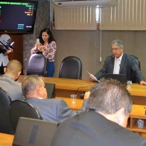CCJ aprova Dia Estadual do Vaqueiro e mais quatro projetos nesta terça