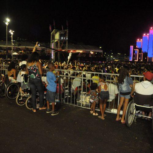 Cadeirantes têm local próprio para curtir Festival Virada Salvador
