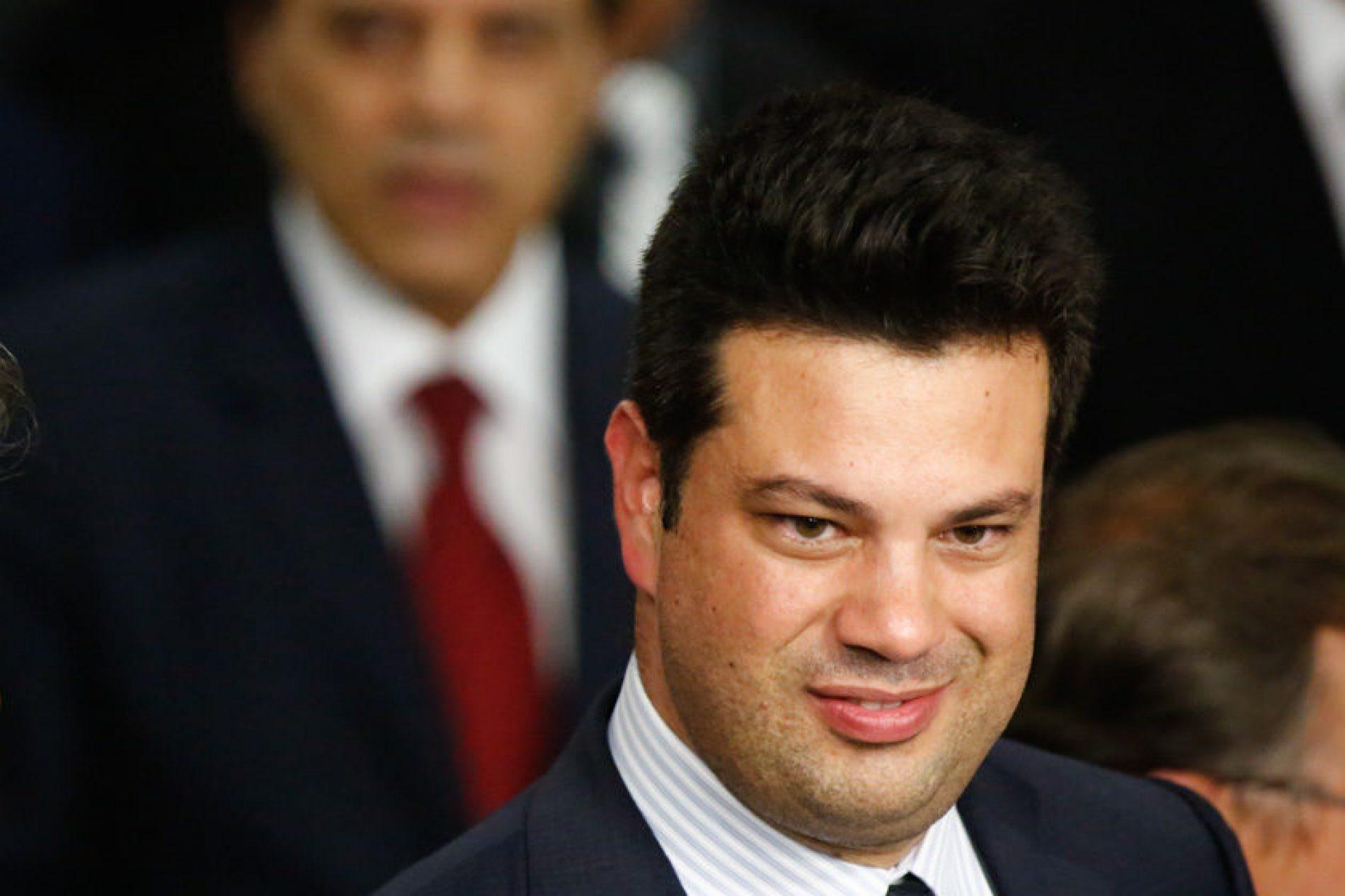 Aparições públicas do ministro do Esporte caem após prisão de Picciani