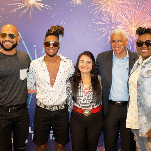Moema anuncia Carlinhos Brown e Timbalada no Réveillon da Paz em Lauro de Freitas