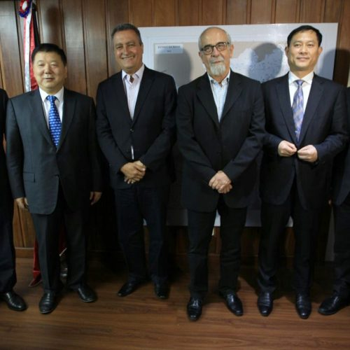 Rui recebe comitiva chinesa interessada na Ponte Salvador-Itaparica