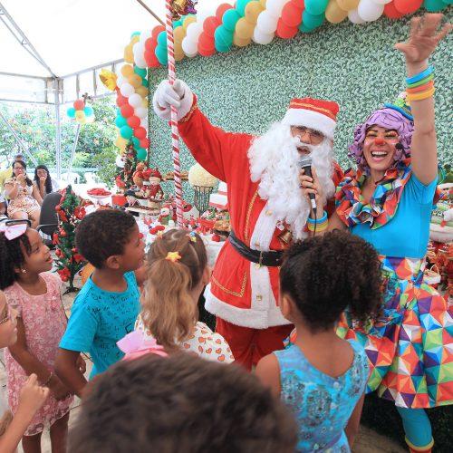 Hospital Ana Nery promove festa de Natal para crianças