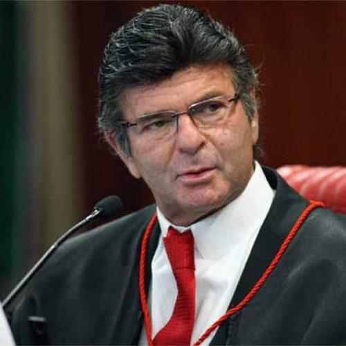 Fux nega ação para barrar a juízes auxílio-moradia