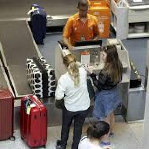 Gastos de brasileiros no exterior chegam a US$ 1,5 bilhão