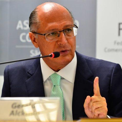 Haverá punição para tucano que votar contra reforma, diz Alckmin