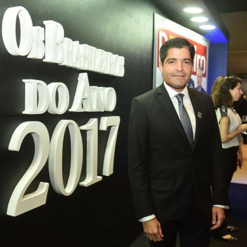 ACM Neto recebe prêmio de Brasileiro do Ano em São Paulo