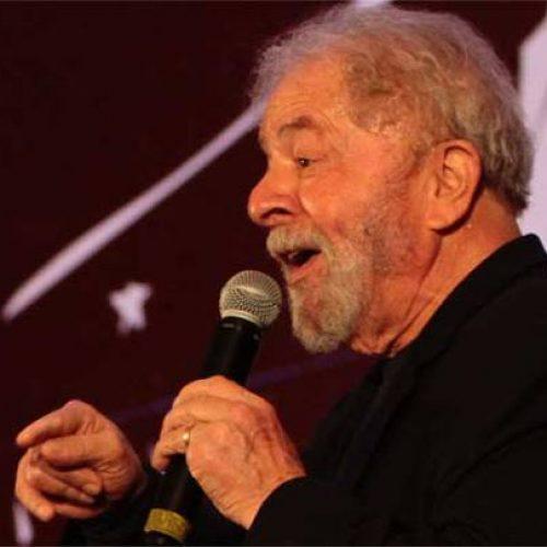 'Não vou ser mais radical', afirma Lula