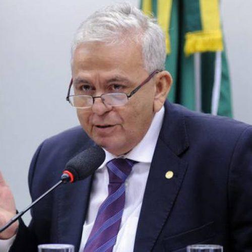 Novo ministro de Temer votou contra impeachment de Dilma