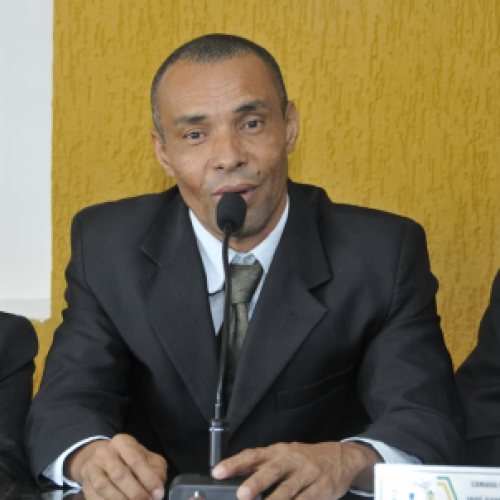 Gongogi: Prefeitura não paga 13º e gera revolta entre servidores