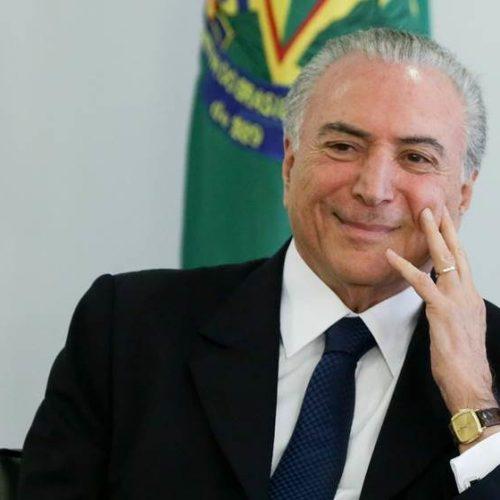 Temer assina MP que libera R$ 2 bilhões para municípios