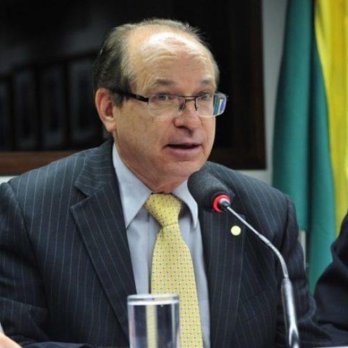 Tribunal da Lava Jato libera 50 salários mínimos todo mês ao deputado Roberto Brito