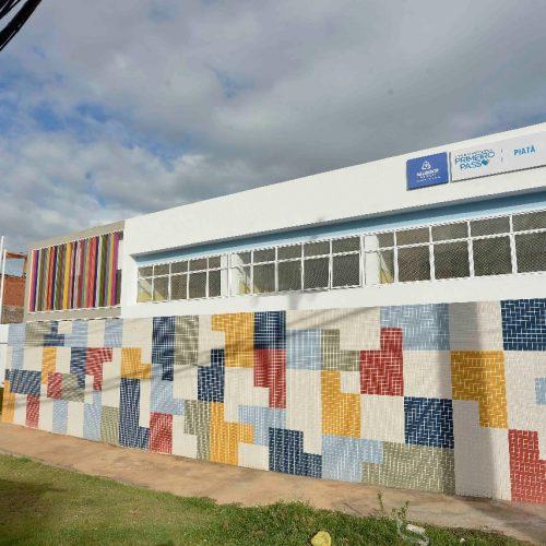 ACM Neto entrega Creche e Pré-Escola Primeiro Passo Piatã nesta quinta