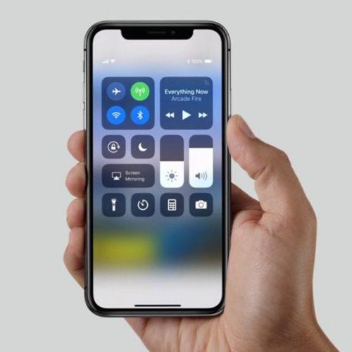 iPhone X chega ao Brasil, mas interesse é pequeno
