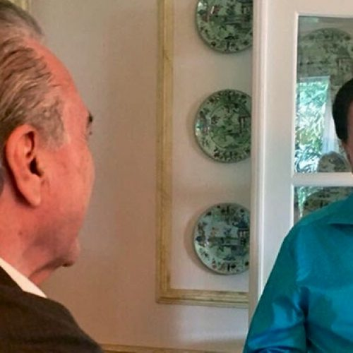 Após almoço com Silvio Santos, Temer diz que deve participar de programas do SBT