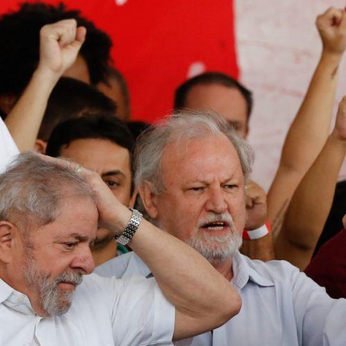 Crises fazem PT atrasar plano eleitoral de Lula