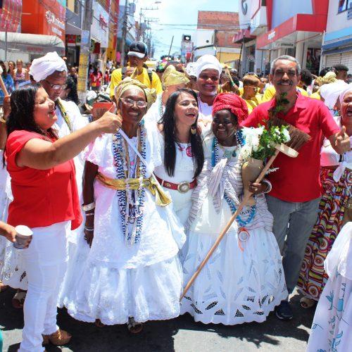 Cortejo cultural festeja 410 anos de devoção a Santo Amaro, padroeiro de Lauro de Freitas