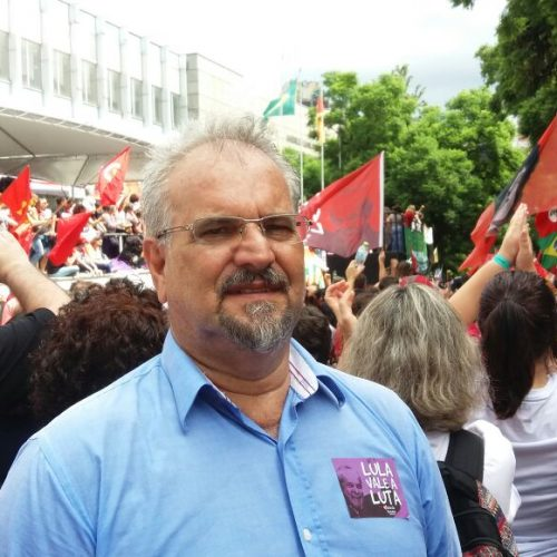 Lula é a esperança do Brasil e vítima de feroz perseguição, afirma Galo