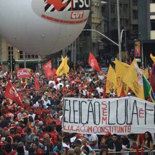 """""""Não nos rendemos diante da injustiça: Lula é candidato"""", diz PT"""